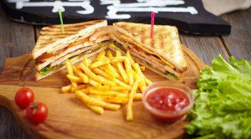 клаб сэндвич с бастурмой